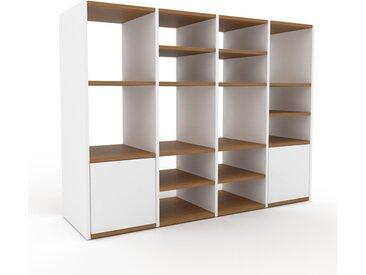 Regalsystem Weiß - Flexibles Regalsystem: Türen in Weiß - Hochwertige Materialien - 156 x 118 x 47 cm, Komplett anpassbar