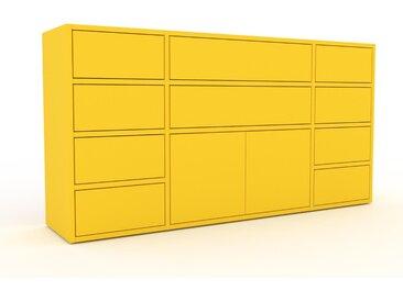 Kommode Gelb - Lowboard: Schubladen in Gelb & Türen in Gelb - Hochwertige Materialien - 154 x 80 x 35 cm, konfigurierbar