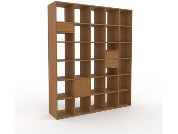 Holzregal Eiche - Modernes Regal aus Holz: Schubladen in Eiche & Türen in Eiche - 195 x 233 x 47 cm, Personalisierbar