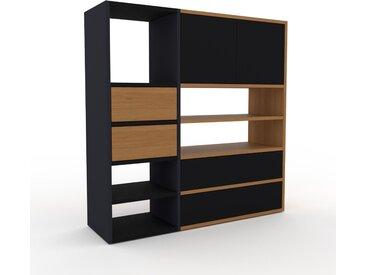 Wohnwand Anthrazit - Individuelle Designer-Regalwand: Schubladen in Eiche & Türen in Schwarz - Hochwertige Materialien - 116 x 118 x 35 cm, Konfigurator