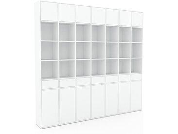 Wohnwand Weiß - Individuelle Designer-Regalwand: Schubladen in Weiß & Türen in Weiß - Hochwertige Materialien - 272 x 253 x 35 cm, Konfigurator
