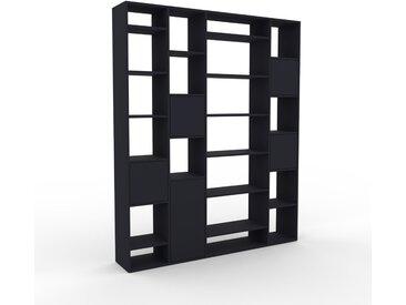 Bücherregal Anthrazit - Modernes Regal für Bücher: Türen in Anthrazit - 193 x 233 x 35 cm, Individuell konfigurierbar