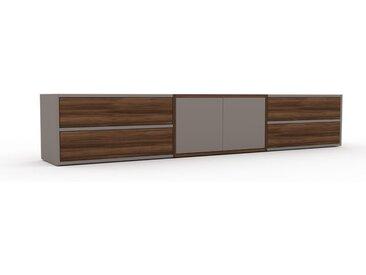 TV-Schrank Nussbaum - Fernsehschrank: Schubladen in Nussbaum & Türen in Grau - 226 x 41 x 35 cm, konfigurierbar