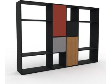 Wohnwand Schwarz - Individuelle Designer-Regalwand: Türen in Grau - Hochwertige Materialien - 229 x 157 x 35 cm, Konfigurator