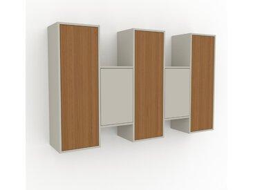 Hängeschrank Eiche - Moderner Wandschrank: Türen in Eiche - 195 x 118 x 35 cm, konfigurierbar