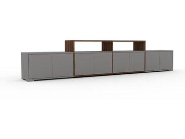 Lowboard Nussbaum - Designer-TV-Board: Türen in Grau - Hochwertige Materialien - 301 x 62 x 35 cm, Komplett anpassbar