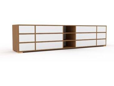TV-Schrank Eiche - Moderner Fernsehschrank: Schubladen in Weiß - 267 x 62 x 47 cm, konfigurierbar