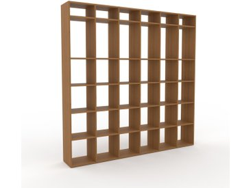 Holzregal Eiche, Holz - Skandinavisches Regal aus Holz: Hochwertige Qualität, einzigartiges Design - 233 x 233 x 35 cm, Personalisierbar