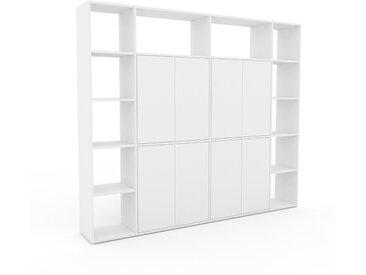 Schrankwand Weiß - Moderne Wohnwand: Türen in Weiß - Hochwertige Materialien - 229 x 195 x 35 cm, Konfigurator