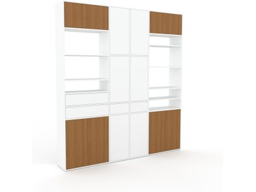 Schrankwand Weiß - Moderne Wohnwand: Schubladen in Weiß & Türen in Eiche - Hochwertige Materialien - 229 x 253 x 35 cm, Konfigurator