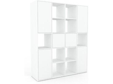 Regalsystem Weiß - Flexibles Regalsystem: Türen in Weiß - Hochwertige Materialien - 156 x 195 x 47 cm, Komplett anpassbar