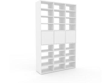 Regalsystem Weiß - Flexibles Regalsystem: Türen in Weiß - Hochwertige Materialien - 118 x 195 x 35 cm, Komplett anpassbar
