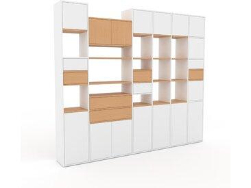 Wohnwand Weiß - Individuelle Designer-Regalwand: Schubladen in Weiß & Türen in Weiß - Hochwertige Materialien - 270 x 233 x 35 cm, Konfigurator