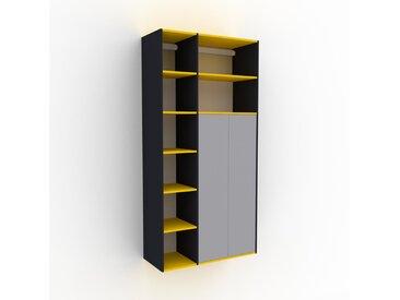 Hängeschrank Weiß - Moderner Wandschrank: Türen in Lichtgrau - 116 x 233 x 47 cm, konfigurierbar