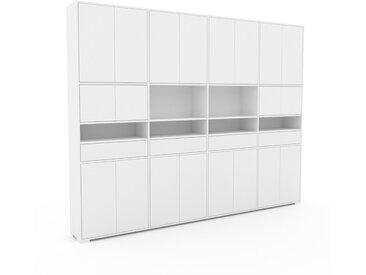 Schrankwand Weiß - Moderne Wohnwand: Schubladen in Weiß & Türen in Weiß - Hochwertige Materialien - 301 x 235 x 35 cm, Konfigurator