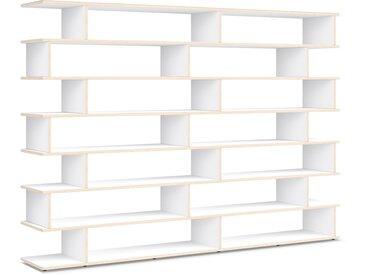 Individualisierbares Bücherregal aus Massivholz in Weiß. Moderne