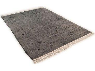 Handgefertigter Teppich aus Wolle