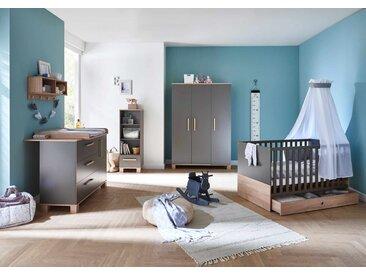 Babyzimmer in Lava Matt mit Absetzungen in Eiche Sägerau Nachbildung (4-tlg.) mit Kleiderschrank, Wickelkommode, Kinderbett inkl. Lattenrost