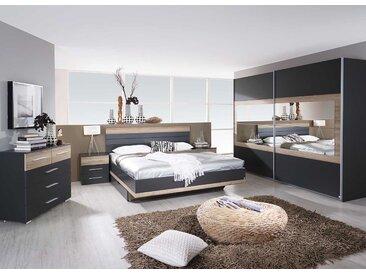 Schlafzimmer 3-tlg. in grau-metallic u. Eiche San Remo-NB, Schwebetürenschrank mit Spiegelfläche B: 271 cm, Bett 180 x 200 cm, Nachtschränke B: 50 cm