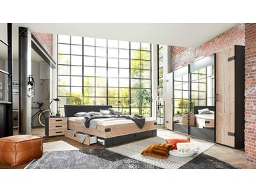 Schlafzimmer 4-tlg. in Silber Tanne-Nachbildung, Abs. in graphit, bestehend aus Drehtürenschrank B: 270 cm, Bett 180x200 cm, 2 Nachtschränken B: 52 cm