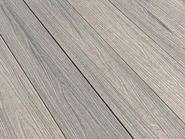 Terrassendiele WPC Tanne grau/silber