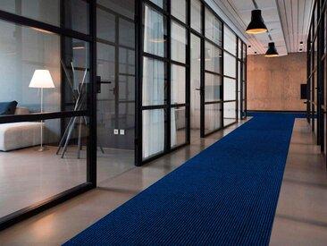 Primaflor-Ideen in Textil Läufer MAGNUM, rechteckig, 10,5 mm Höhe, Schmutzfangläufer, Schmutzfangteppich, Schmutzmatte, robust und pflegeleicht B/L: 200 cm x 650 cm, 1 St. blau Teppichläufer Bettumrandungen Teppiche