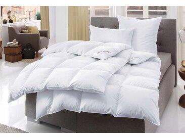 Bettdecke + Kopfkissen, Swiss Royal, Haeussling, (Spar-Set) weiß, 2x 155x220 cm 80x80 cm, First Class weiß Allergiker Bettdecken Bettdecken, Kopfkissen Unterbetten Bettwaren-Sets