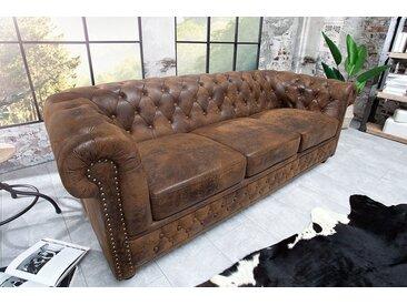 Chesterfield 3er Sofa 205cm antik braun mit Knopfheftung und Federkern