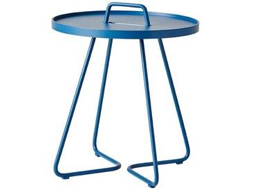 Beistelltische On-the-move Cane-line blau, Designer Christina Strand, Niels Hvass, 54x44x44 cm