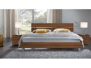 Holzdekorbett Treviso - 140x200 cm - Nussbaum natur - Designerbett
