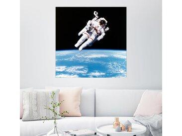 Posterlounge Wandbild, Leinwandbild Astronaut Bruce McCandless mit Propeller Rucksack, Leinwandbild