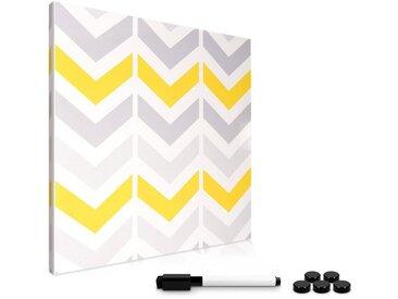 Navaris Magnettafel, Magnetpinnwand Memoboard zum Beschriften - 40x40 cm Notiztafel - Tafel abwaschbar mit Halterung Magneten Stift