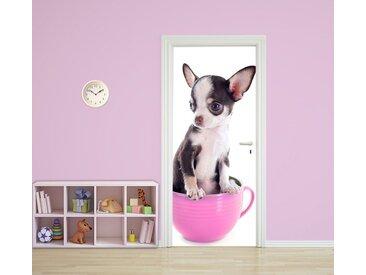Bilderdepot24 Deco-Panel, Türtapete selbstklebend Tierwelpen in Teetassen Chihuahua 90 x 200 cm Hunderasse Tierbaby Welpe klein niedlich Haustier Hund