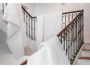 Centa-Star Kunstfaserbettdecke, »Vital Plus«, leicht, Bezug: 100% Baumwolle, (1-tlg), Sommerbett