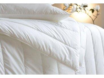 Centa-Star Kunstfaserbettdecke, »Vital Plus«, warm, Bezug: 100% Baumwolle, (1-tlg), Winterbett