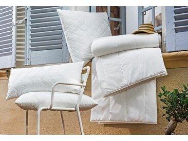 Centa-Star Kunstfaserbettdecke, »Royal«, normal, Bezug: 100% Baumwolle, (1-tlg)
