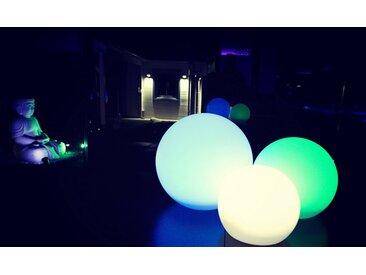 TRANGO LED Gartenleuchte, 3er Set SO-202530 IP44 LED-Solarleuchte in 20/25/30cm Durchmesser Weiß matt mit 3000K warmweiß LED & RGB Farbwechsel LED *SNOWY* Solarkugel Leuchte Leuchtkugel, Außenleuchte