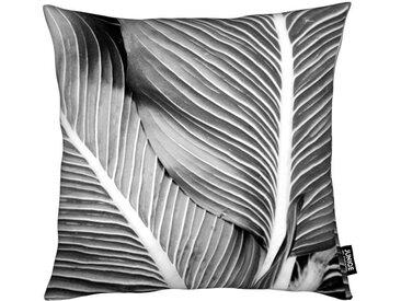 Juniqe Dekokissen »Tropical Leaves«, Weiches, allergikerfreundliches Material