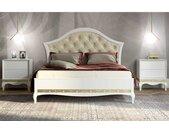Romantisches Bett in Weiß und Goldfarben Nachttischen (dreiteilig)