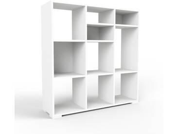 Bücherregal Weiß - Modernes Regal für Bücher: Hochwertige Qualität, einzigartiges Design - 118 x 120 x 35 cm, Individuell konfigurierbar