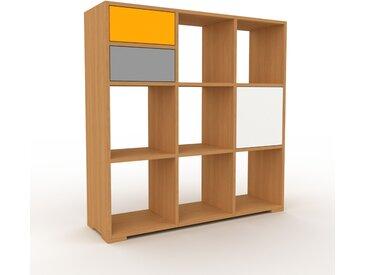 Schallplattenregal Eiche - Modernes Regal für Schallplatten: Schubladen in Grau & Türen in Weiß - 118 x 120 x 35 cm, Selbst designen