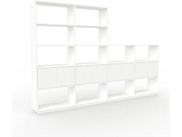 Regalsystem Weiß - Flexibles Regalsystem: Türen in Weiß - Hochwertige Materialien - 301 x 200 x 35 cm, Komplett anpassbar