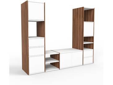TV-Schrank Nussbaum - Fernsehschrank: Schubladen in Weiß & Türen in Weiß - 193 x 157 x 47 cm, konfigurierbar