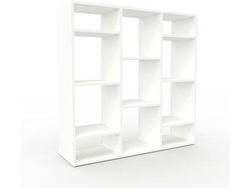 Schallplattenregal Weiß - Modernes Regal für Schallplatten: Hochwertige Qualität, einzigartiges Design - 118 x 118 x 35 cm, Selbst designen