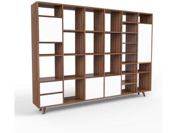 Holzregal Nussbaum - Modernes Regal aus Holz: Schubladen in Weiß & Türen in Weiß - 233 x 168 x 35 cm, Personalisierbar