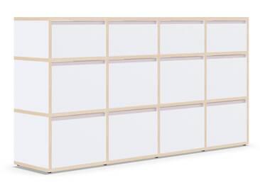 Individualisierbares Sideboard aus Massivholz in Weiß. Moderne