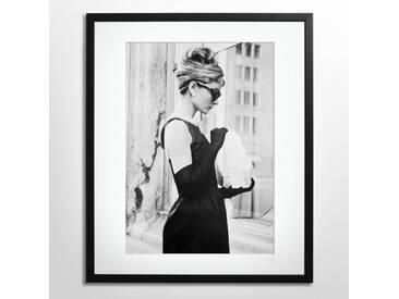 Breakfast at Tiffanys Schwarz Weiß Foto Audrey Hepburn