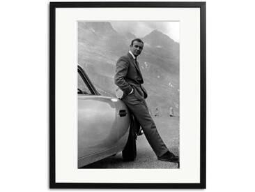 Sean Connery als James Bond Schwarz Weiß Foto in Rahmen