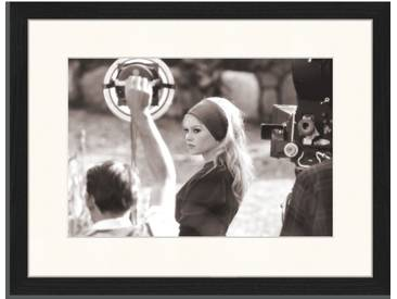 Gerahmtes Poster Brigitte Bardot am Set