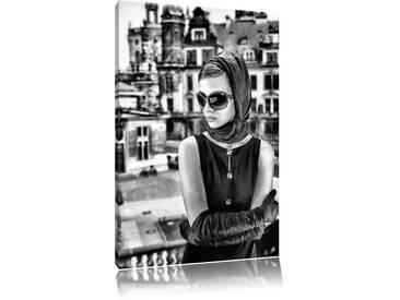 Leinwandbild Audrey in Paris in Monochrom